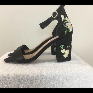 Steve Madden Shoes - Embroidered Steve Madden Block Heel